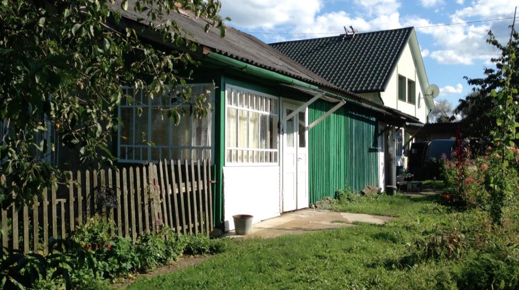 Rozhniativ cottage